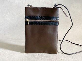 【送料無料】サコッシュ スマート レザー 本革 長財布サイズ ブラウンの画像