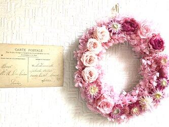 Pink Wink ピンクローズのリース バレンタインギフトの画像