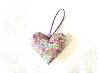 リバティプリントのハート(ドラ)紫色の画像