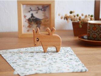 木の置物 ロバの画像
