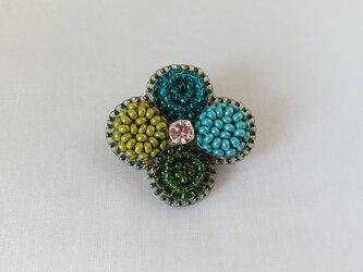 four-leaf clover broochの画像