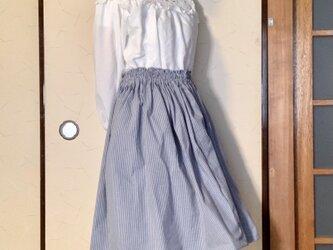 紺ストライプ 膝丈ゴムのスカートの画像