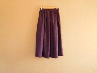 リネンのスカート プラムの画像