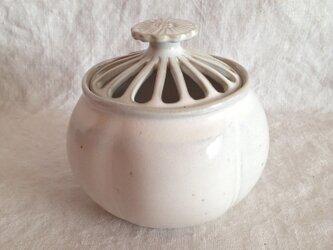 花型香炉(アンティークホワイト)の画像