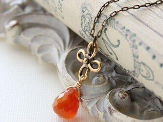 カーネリアンとフランス製のお花 こっくりオレンジが美しいネックレス ペンダント アンティーク、ヴィンテージstyleの画像