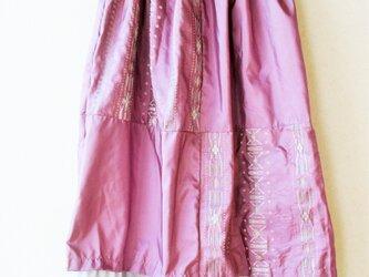スカート つつましい輝きの画像