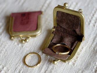 真鍮使いの口金リングケース/ピンク×ブラウンの画像