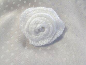 白バラのバレッタの画像