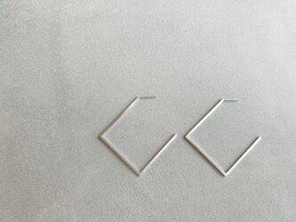 geometric〜シンプルスクエアスタッドピアスの画像