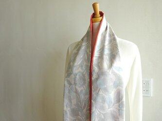 春待ちの白大島スカーフ(弐)の画像