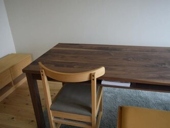 ウォールナット 棚付きダイニングテーブル W140の画像