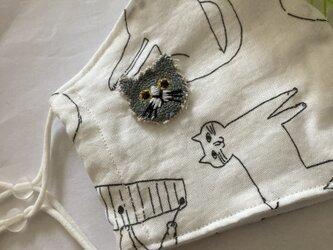 ハンドメイド☆トラネコモノトーンマスク猫刺繍の画像
