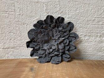 革花のブローチピン 2Lサイズ グレー-2の画像