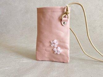 桜 手刺繍 スマホ ポシェット ちょっとだけ 本革 ベビーピンクの画像