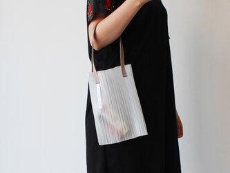 zero:Pleats bag - S(ストライプ)プリーツ・バッグ S:ショルダーバッグ 軽い 透ける 透明感の画像