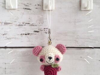 【中サイズ!受注生産 / ウール糸】赤りんご/ピンク×白色パンダさん鈴付きイヤホンジャックの画像