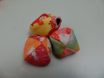 めちゃくちゃ可愛いさらさらナチュラル指原さんの発色のいいお手玉|桐谷美鶴の画像
