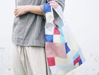 《新聞掲載》【akari】エコバッグ 折りたたみ ◎ご自宅でお洗濯も◎買いものバッグ コンパクト パッチワークの画像