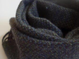 手織りカシミアマフラー・・緑のワンストライプの画像