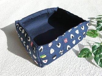 ふわふわ小物入れ 布製小物入れ 可愛いおにぎり柄  ペットシーツの整理にもの画像