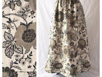 レディのためのシンプルAラインスカート(フレンチシノワ:生成り×カーキ)の画像