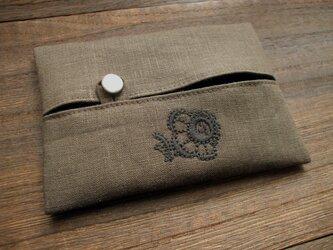 花刺繍のティッシュケース 麻茶の画像