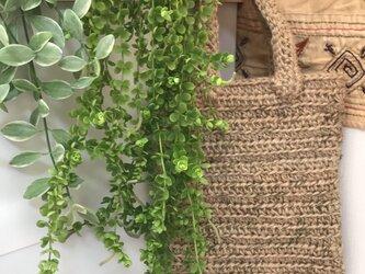 麻紐×リネンの紐の小さなバックの画像