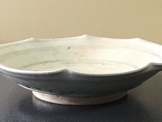 林檎灰釉 輪花鉢の画像
