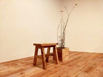 ■ほっこり温まる腰掛け木製スツール/スツール/子供/椅子/スモール(S)/花台/シンプル/可愛い/無印/杉/無垢/玄関の画像