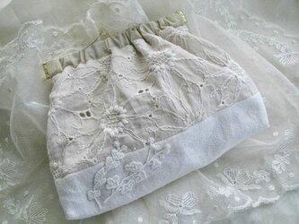 マーガレット*刺繍生地*アンティークリネン*バネポーチの画像