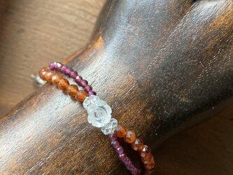 薔薇水晶とガーネット マクラメ編みコードブレスレットの画像