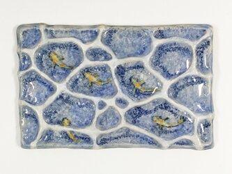 春を喜ぶメダカ 陶板レリーフ(陶器)の画像