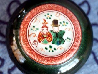 雛飾り陶箱の画像