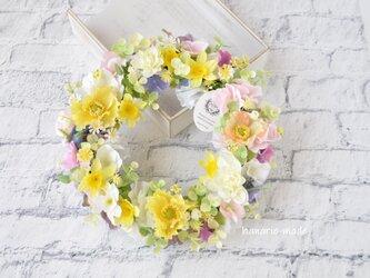 spring garden  ポピー・スイトピー・水仙のリース:黄色 オレンジ ピンク 春 の画像