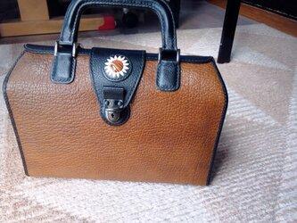 箱形ショルダーバッグの画像