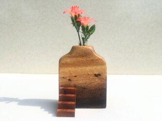 木の花瓶【モンキーポット】階段付きの画像