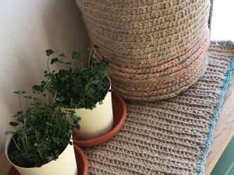 リサイクルサリー×麻紐の敷物の画像
