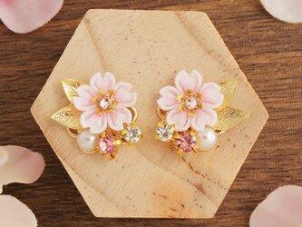 *つまみ細工* 桜と春のかけらイヤリング ~花の宴~の画像