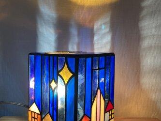 ステンドグラス*月夜の街並みランプの画像