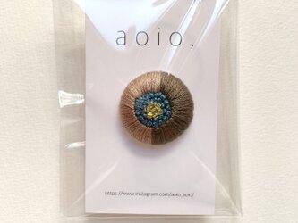 刺繍くるみボタンヘアゴム【ダブルグレー×ブルー】の画像