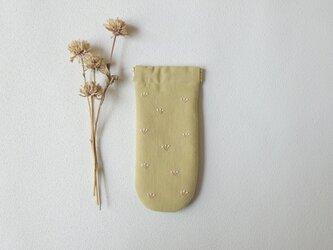 つぼみのバネポーチ(メガネ・ペンケース、イエローベージュ)の画像