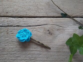 レース編みのお花のヘアピンの画像