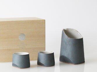 TSUKI(YUKI) 酒セット(瓦食器・片口・ぐい呑み)ギフトセット(桐箱入)の画像