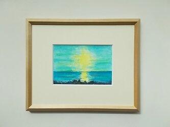 絵画 インテリア 額絵  水彩画 水彩とクレパスのコラボ画 空と海と光との画像