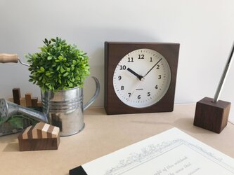 KATOMOKU dual use clock 4 ブラウン km-95BRC 電波時計の画像