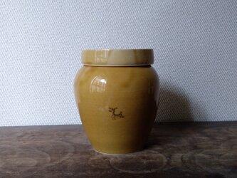 蓋付き 壺の画像
