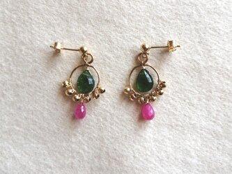 indian style pierceの画像