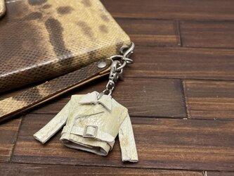 【金運アップに!】超小さい!カエル革の本革製親指ライダースジャケットの画像
