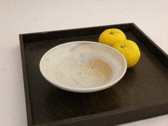 白釉鉢 の画像