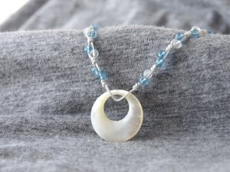 White Moon Aqua(short necklace)の画像
